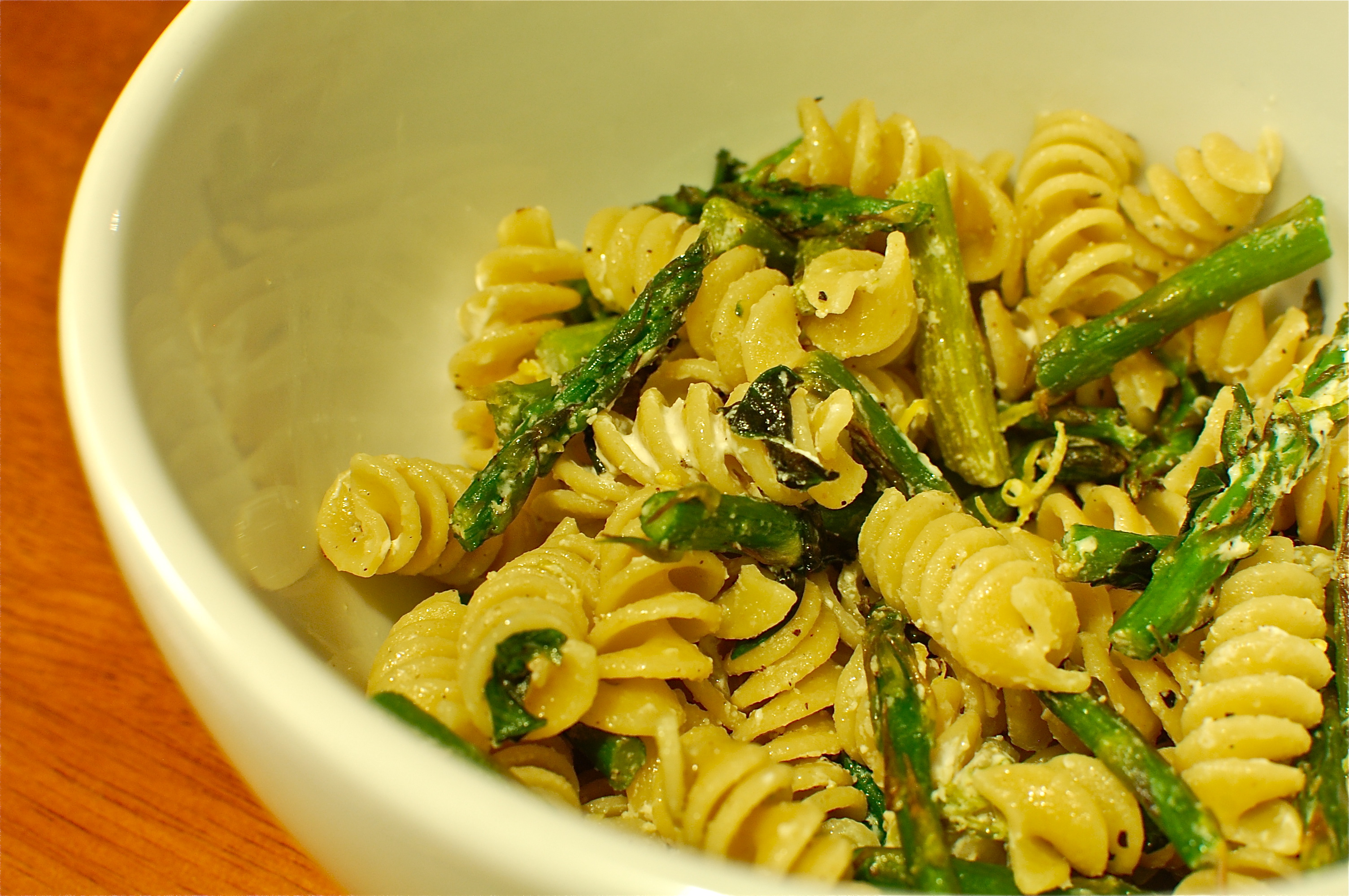 Pasta with Roasted Asparagus, Lemon Zest, and Goat Cheese