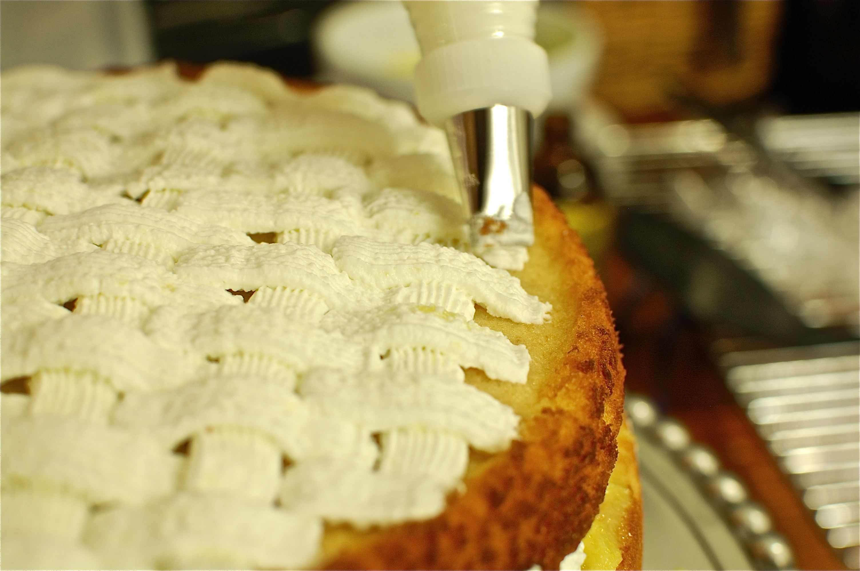 Basketweave frosting